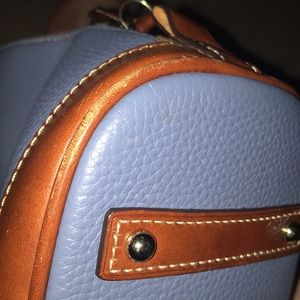 Dooney & Bourke Bags - Dooney & Bourke pebble grain zip satchel